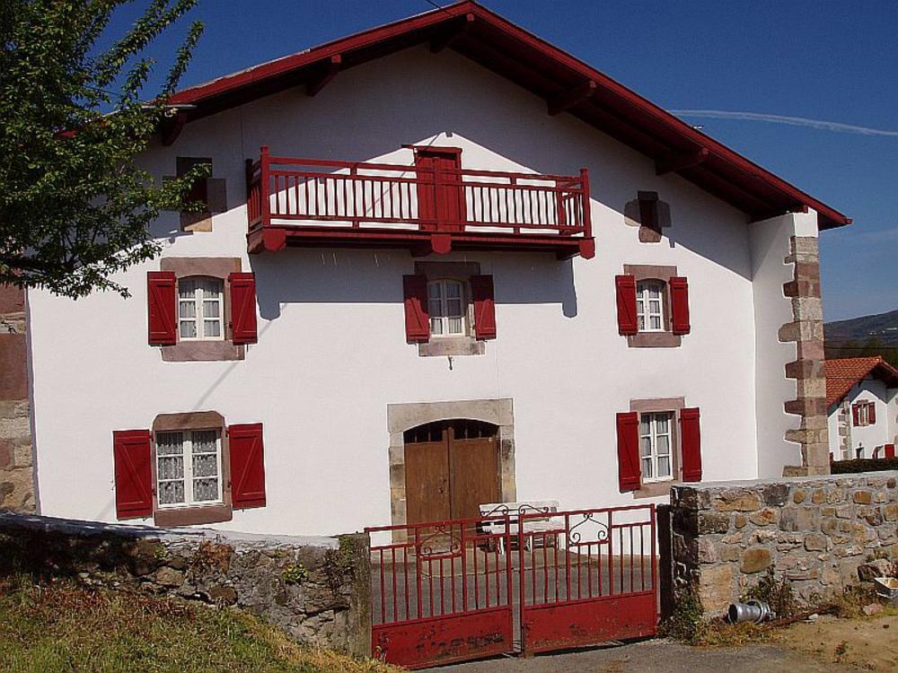 Maison etchartia chambres d 39 h tes saint jean pied de port - Chambres d hotes saint jean pied de port ...