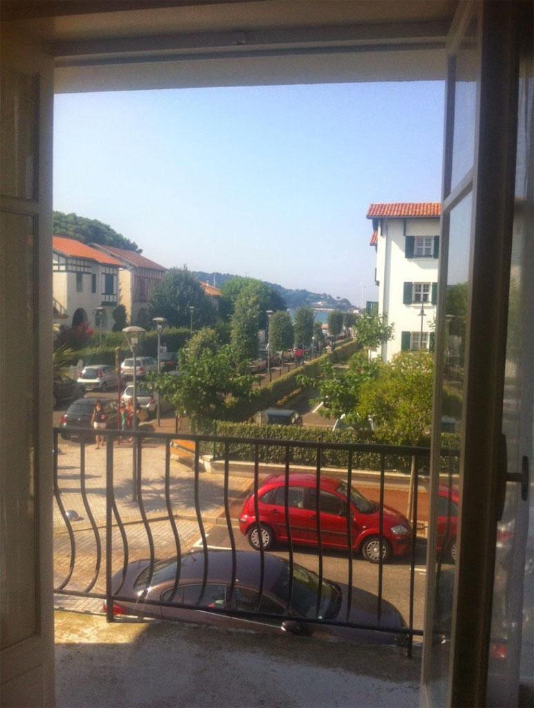 alcobas location pays basque gites et meubl s locations de vacances hendaye. Black Bedroom Furniture Sets. Home Design Ideas