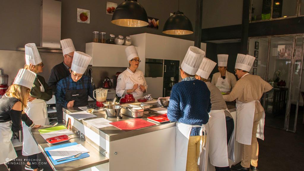 le loft des toqu s cours de cuisine ateliers culinaires biarritz. Black Bedroom Furniture Sets. Home Design Ideas