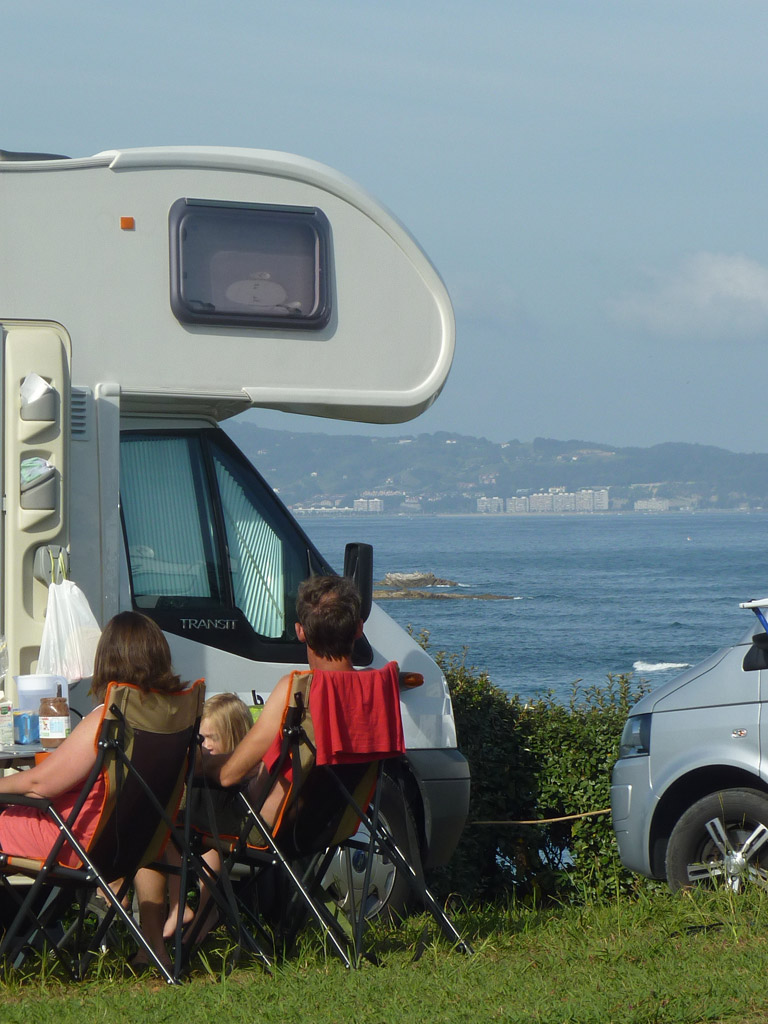 camping municipal chibau berria campings mobil homes saint jean de luz. Black Bedroom Furniture Sets. Home Design Ideas