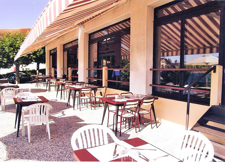 Hotel Restaurant Pecoitz Route D Iraty  Aincille France