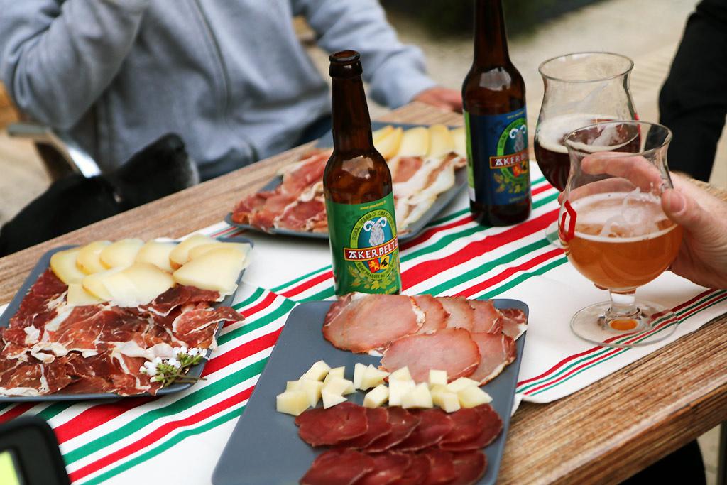 Apéro produits Basque entre copains