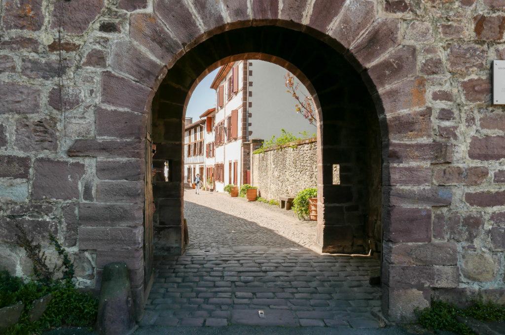 Porte saint-jacques saint jean pied de port