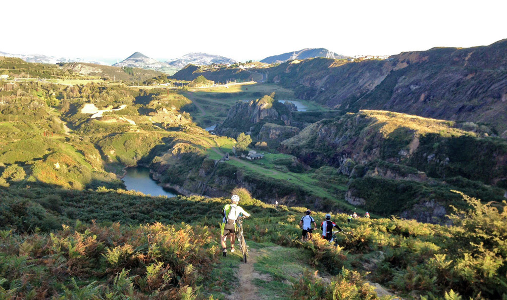 Trapaga Valley