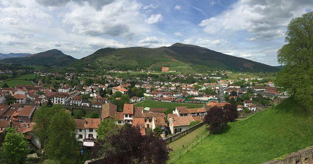 D couvrez et visitez la basse navarre tourisme et vacances au pays basque - Saint jean pied de port carte ...